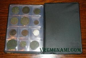 альбом для монет с монетами