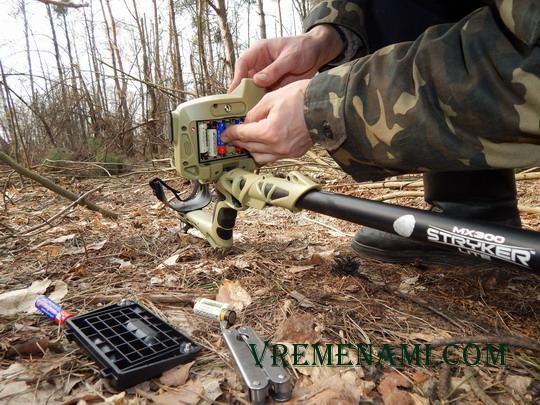 замена у МХ 300 батареек на копе