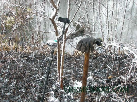 коп в весенний снегопад