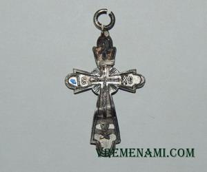 старинный серебряный крестик